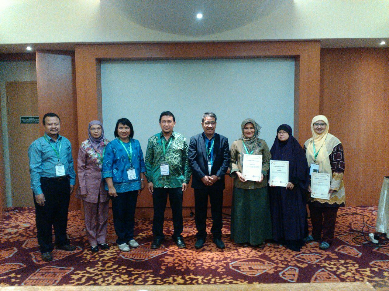 """Peneliti BP2LHK Banjarbaru, Penyaji Terbaik dalam Konferensi International """"Emerging  Trends in Academic Research"""" (ETAR)."""