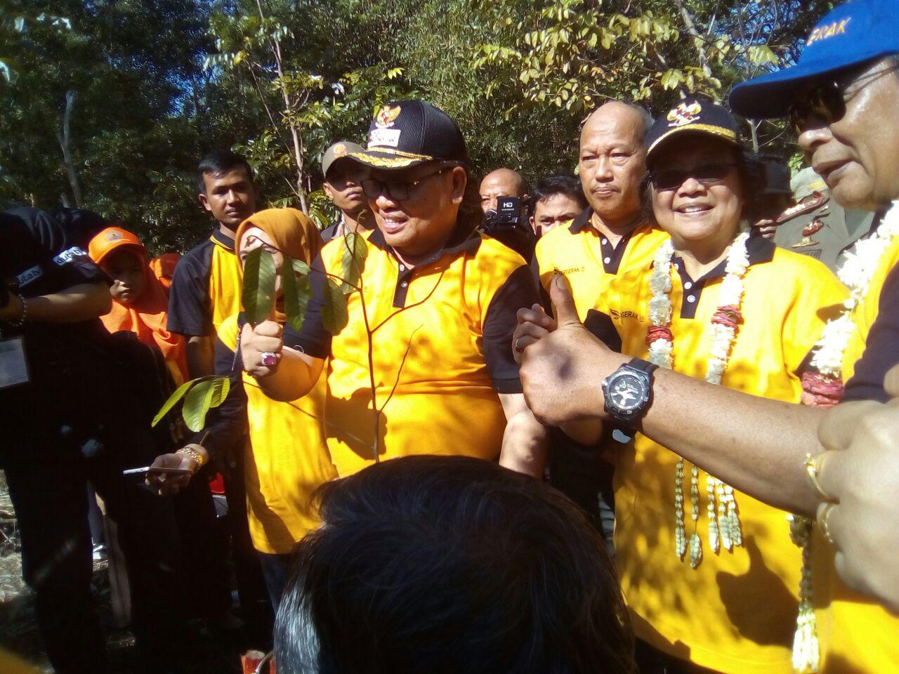 Menteri LHK Bersama Gubernur Kalsel Hadiri Acara Puncak Hari Bakti Rimbawan  ke -34 Kalimantan Selatan