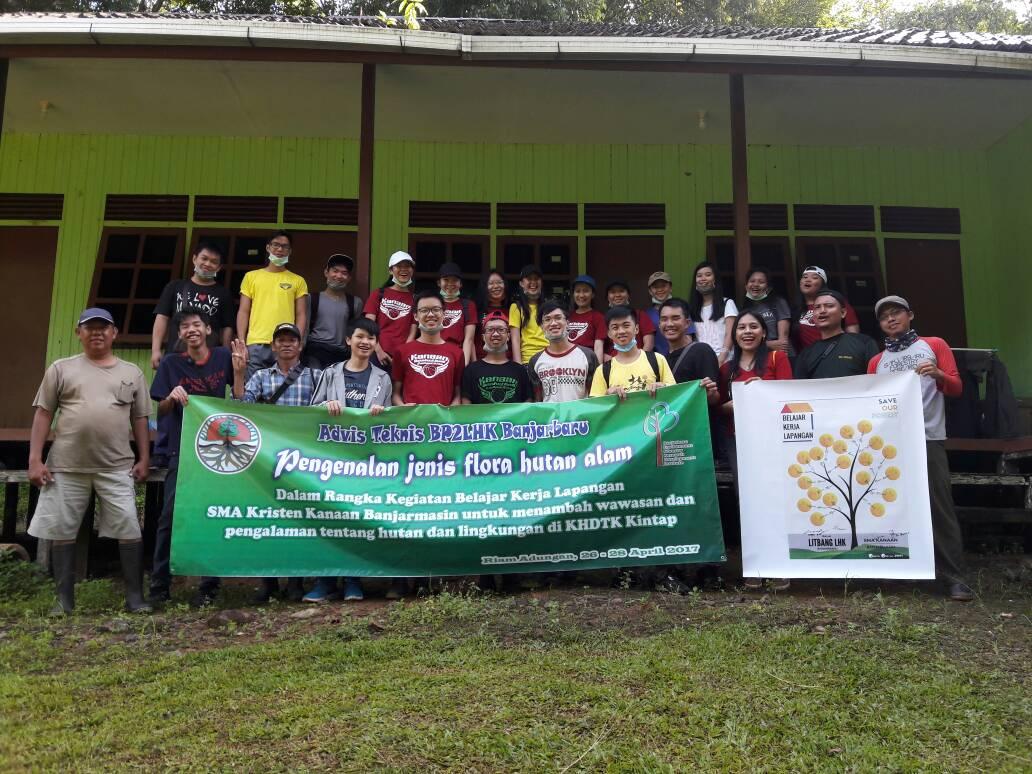 SMA Kristen Kanaan Banjarmasin Belajar Kerja Lapangan (BKL) di KHDTK Kintap