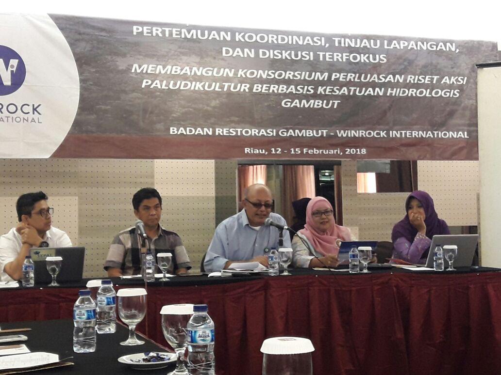 """BP2LHK  Banjarbaru ikut serta aktif dalam """"Membangun Konsorsium Perluasan Riset Aksi Paludikultur Berbasis Kesatuan Hidrologis Gambut"""""""