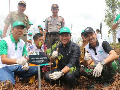 Bupati Pulang Pisau dan PT. PJB UBJOM Pulang Pisau lakukan RePeat  di KHDTK Tumbang Nusa