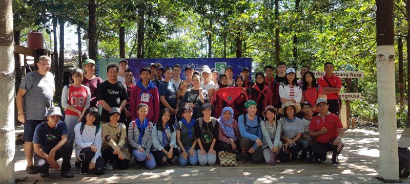 Siswa asal Jepang  dan Australia NgeRePeat di KHDTK Tumbang Nusa