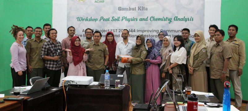 ACIAR Gelar Pelatihan Analisis Kimia dan Fisika Tanah di Litbang LHK Banjarbaru